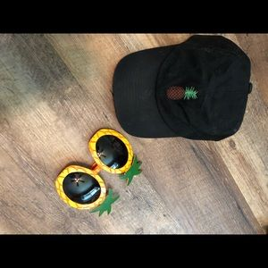 Accessories - Hat and Sunny's pineapple